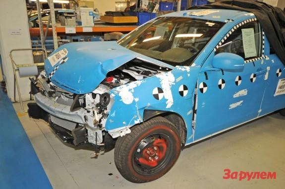 Nissan Almera сборки АвтоВАЗ после фронтального краш-теста