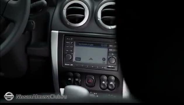Центральная консоль хоть и от Ларгуса, зато с полноценной 2din-овой мультимедиа системой Nissan Connect.